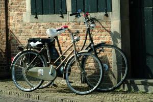 bikeagainstwall